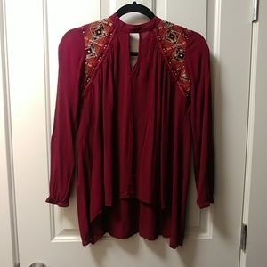🐧3/$21 Maroon Knox Rose Embroidered Shirt